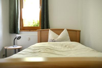 Zimmer_Gartenblick2_Appartements_Muehlengrund_Saarmund