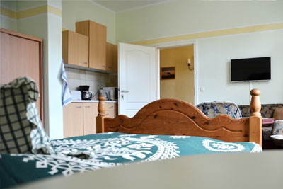 Zimmer_Hofblick3_Appartements_Muehlengrund_Saarmund