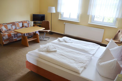 Zimmer_Ortsblick2_Appartements_Muehlengrund_Saarmund